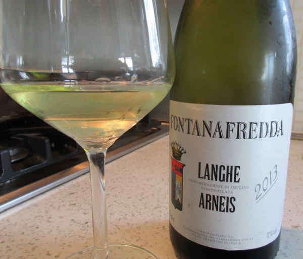 Langhe Arneis. Dry white from Piedmont