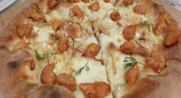 Pizza at La Sorgente